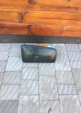 подушка безопасность в торпедо Nissan primera p11