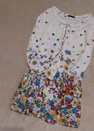 Блузка с кружевом рюшами в цветочный принт размер 8 per una