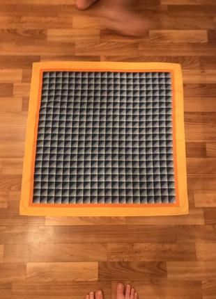 Шелковый платок в квадрат