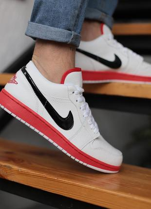 Кроссовки nike air jordan white & red