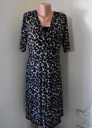 Красивое платье с принтом bonmarche