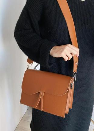 Средняя классическая рыжая сумочка под клатч