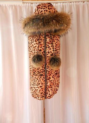 Удлинённая жилетка  принт лео леопард с натуральным мехом опуш...