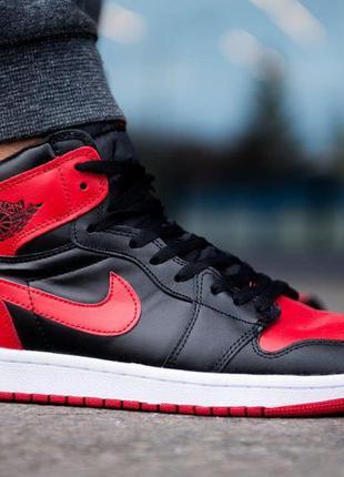 Стильные мужские кроссовки nike jordan retro 1 в черно-красном...