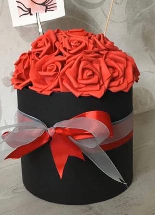 Букет неувядающих цветов на подарок