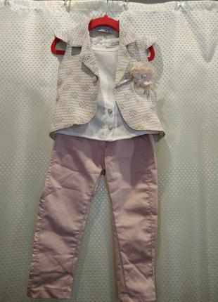 Красивый костюм тройка для девочки 1 год