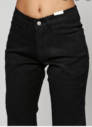 Укороченные стрейчевые джинсы высокая посадка аппликация батал
