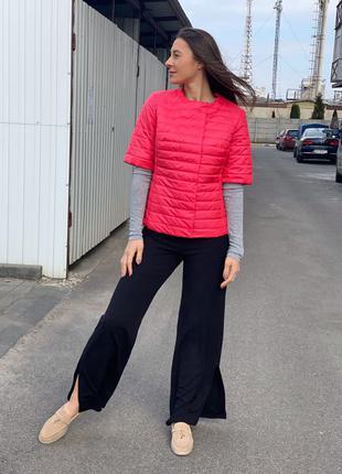 Куртка женская весенняя короткая жилетка кардиган модная