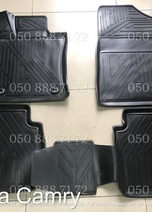 Оригинальные резиновые коврики на Toyota Camry