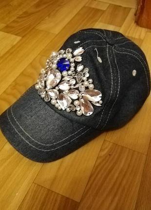 Кепка бейсболка джинс в камнях весна
