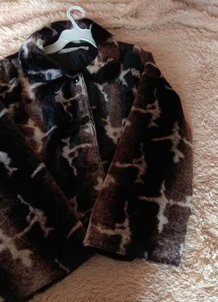 Курточка из очень мягенького искусственного меха