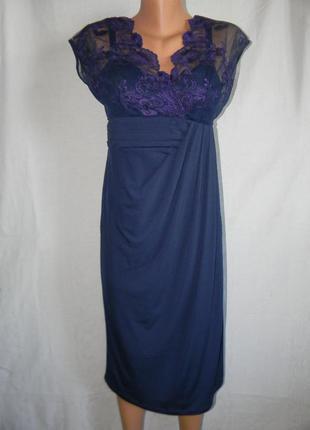 Новое платье с кружевом alexon