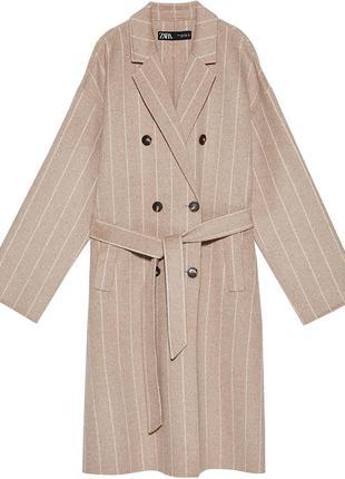 Пальто в полоску zara