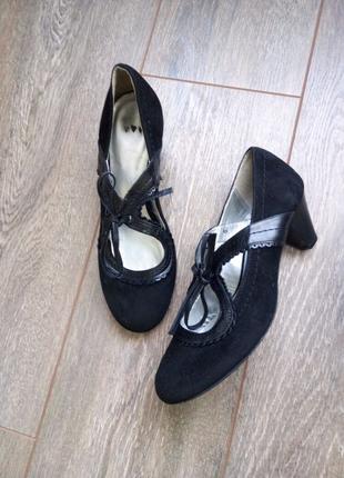 Черные замшевые кожаные туфли застежка бант по ножке Per Una