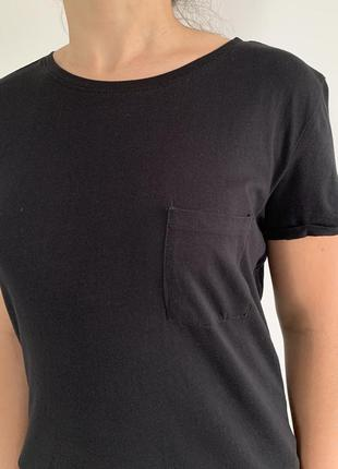 Футболка чорна, жіноча, трендова футболка,чорна базова футболка.