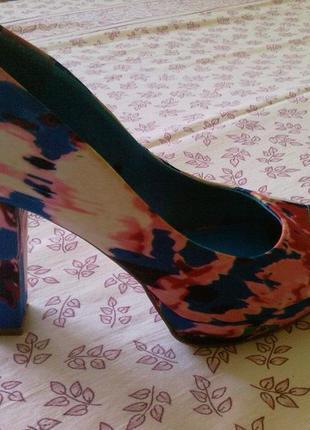Молодёжные веселенькие туфельки 41 разм