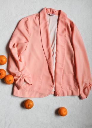 Тонкий персиковый пиджак от new look, размер l
