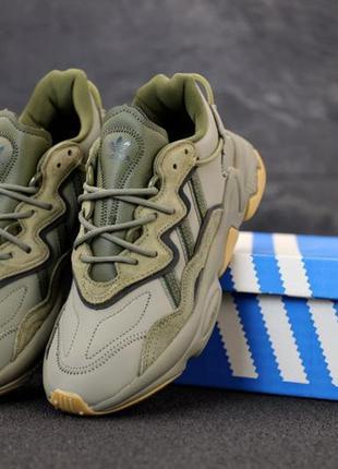Мужские кроссовки adidas ozweego green