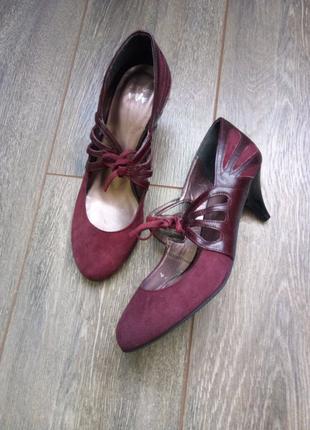 Бордовые темно красные замш кожаные туфли резинка бант по ножке