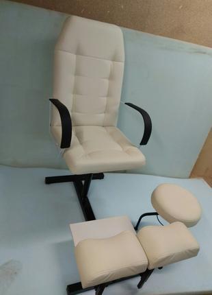 Кресло для педикюра со стулом для мастера