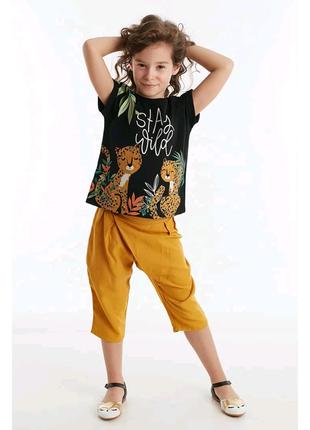 Комплект из футболки и шортика