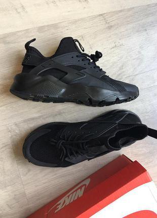 Кроссовки черные air huarache