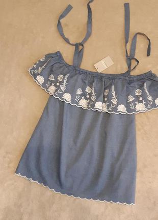 Блузка с открытыми плечами с вышивкой размер 14-16 george
