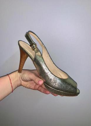 Классические босоножки туфли натуральная кожа zacal италия