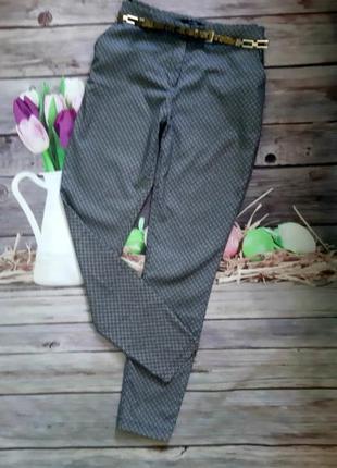 Стильные укороченные брюки чинос