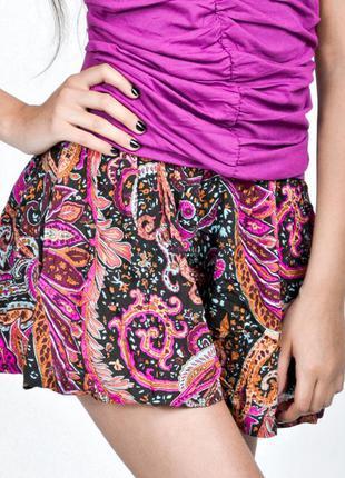 Яркие шорты юбка bershka