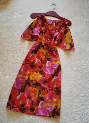 Платье миди коралловое с крылышками размер 36-38