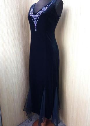Длинное чёрное вечернее нарядное велюровое платье с открытой спин