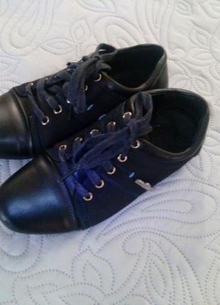 Туфли на мальчика размер -33