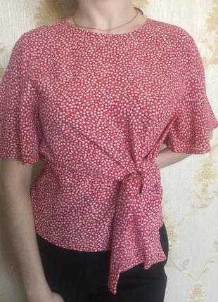 Блузка из вискозы. цветочный принт
