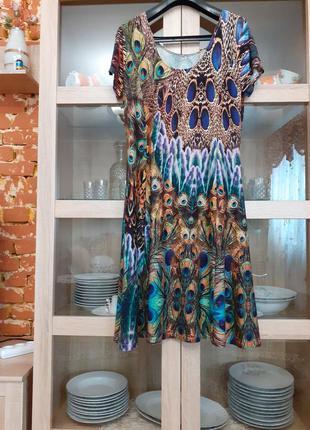 Изумительное вискозное платье большого размера