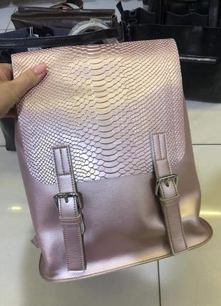 Пудровый сумка , рюкзак трансформер в натуральной коже