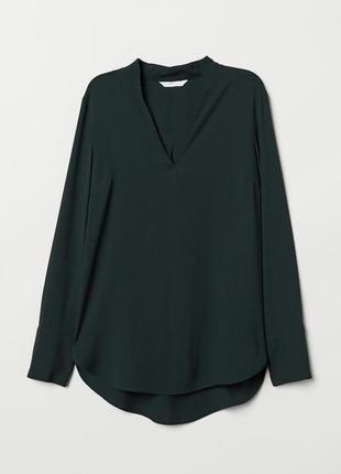 Темно зеленая блузка
