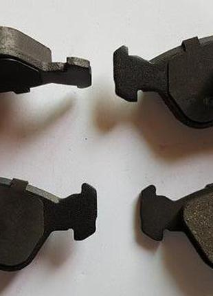 Тормозные колодки передние LPR 05P656 CHEVROLET,OPEL