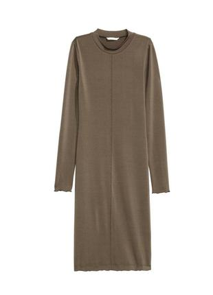 Платье в обтяжку хаки