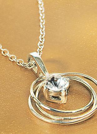 Красивое ожерелье с кристаллом swarovski ив роше