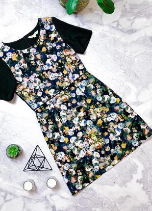 Расивое платье в принт цветы из плотной ткани yiselle