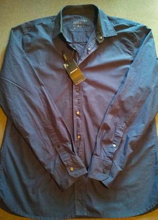 Рубашка на кнопках. качественная мужская рубашка.