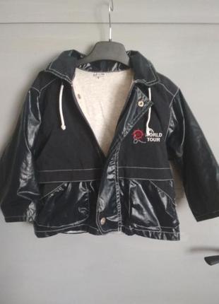 Дождевик. лёгкая курточка. ветровка для мальчика