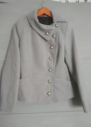 Короткое пальто.  полупальто. интересный крой. шерстяное пальто