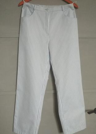 Трендовые актуальные брюки в полоску. прямые брючки.  полосочк...