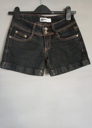 Стильные мини шорты. короткие шортики