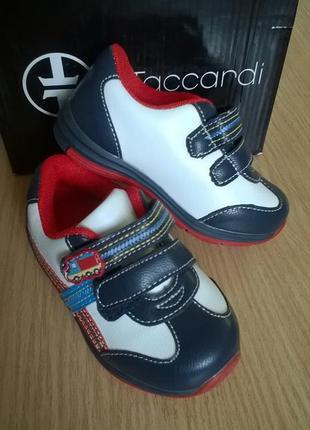 Яркие кроссовки 21 р. t.taccardi