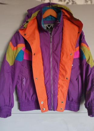 Мего крутая куртка. курточка. деми . ветровка. утепленная