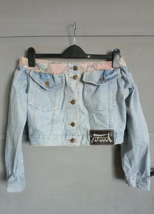 Крутая джинсовка. джинсовая куртка. джинс. джинсовый пиджак. у...
