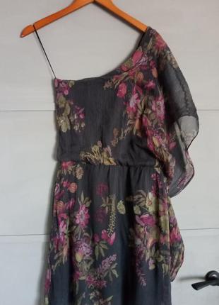 Шикарное платье. на одно плечо. вечернее платье. нарядное